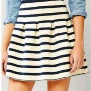 GAP pleated scuba fabric skirt